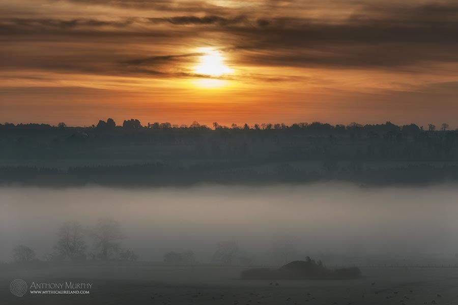 Winter solstice dawn viewed from Newgrange